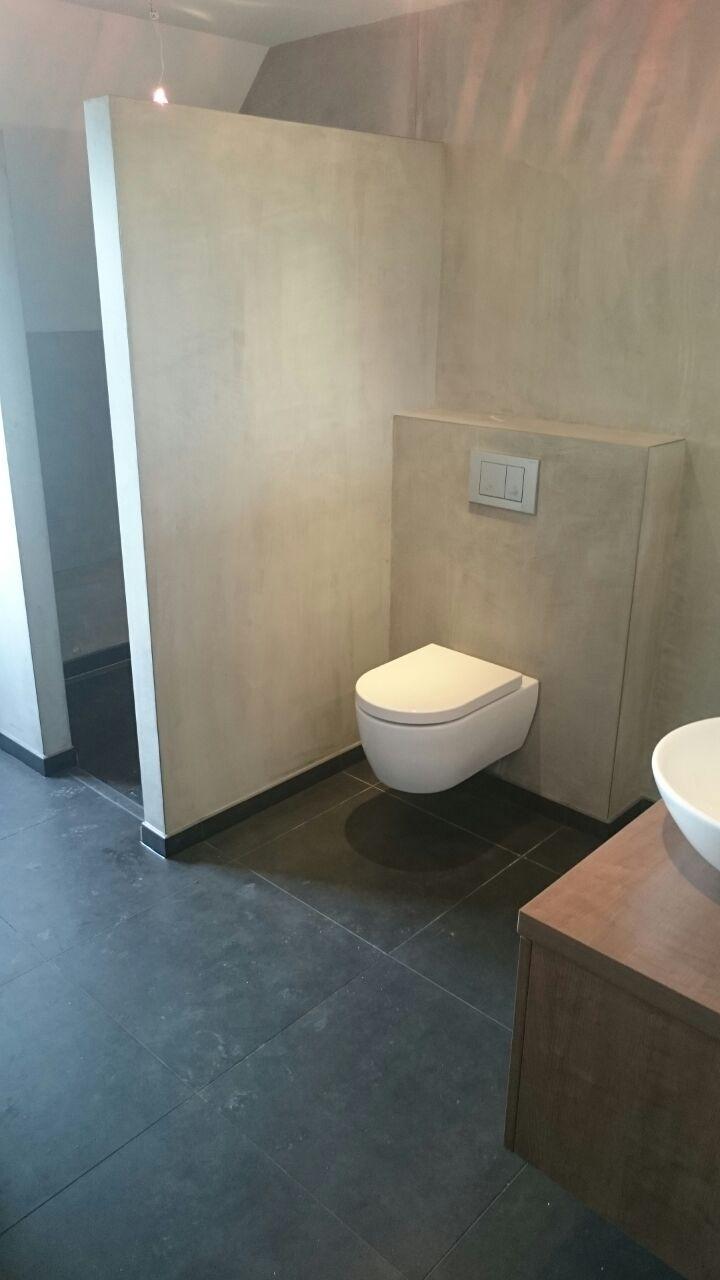 Betonlook badkamer - Stucadoorsbedrijf van Baal